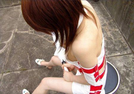 【キャンギャルエロ画像】過激な衣装で客寄せ!こんな衣装なら寄っていくわなw 02