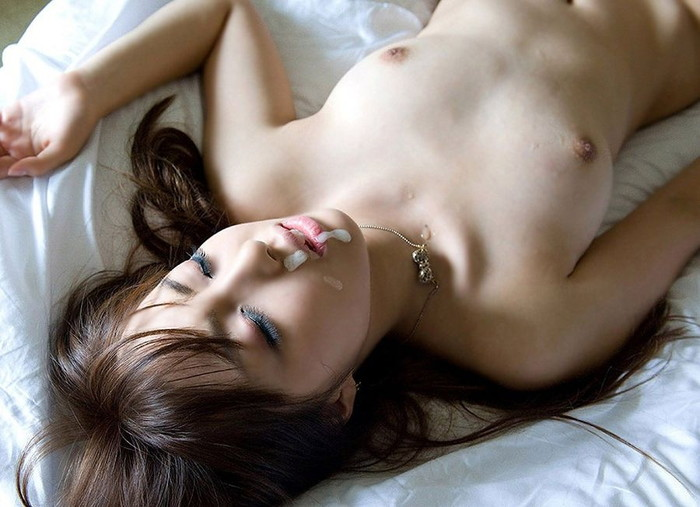 【顔射エロ画像】美しい顔が顔射でドロッドロの精液まみれ!エロすぎだろ!? 14