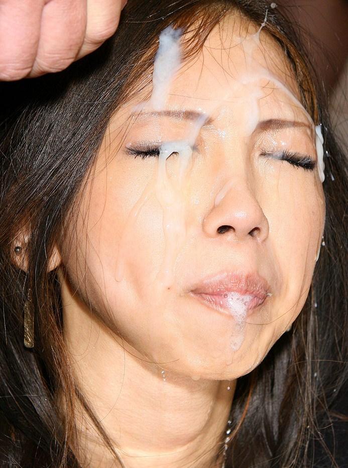【顔射エロ画像】美しい顔が顔射でドロッドロの精液まみれ!エロすぎだろ!? 26
