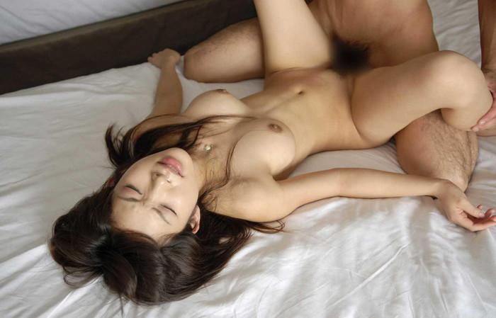 【正常位エロ画像】代表的なセックスの体位と言ったらやっぱりコレだろ! 03