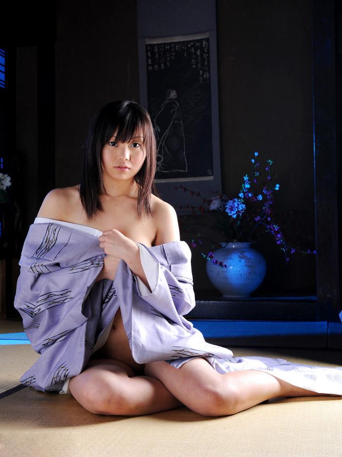 【着物エロ画像】日本人女性の魅力を堪能するといったら着物は欠かせない! 22