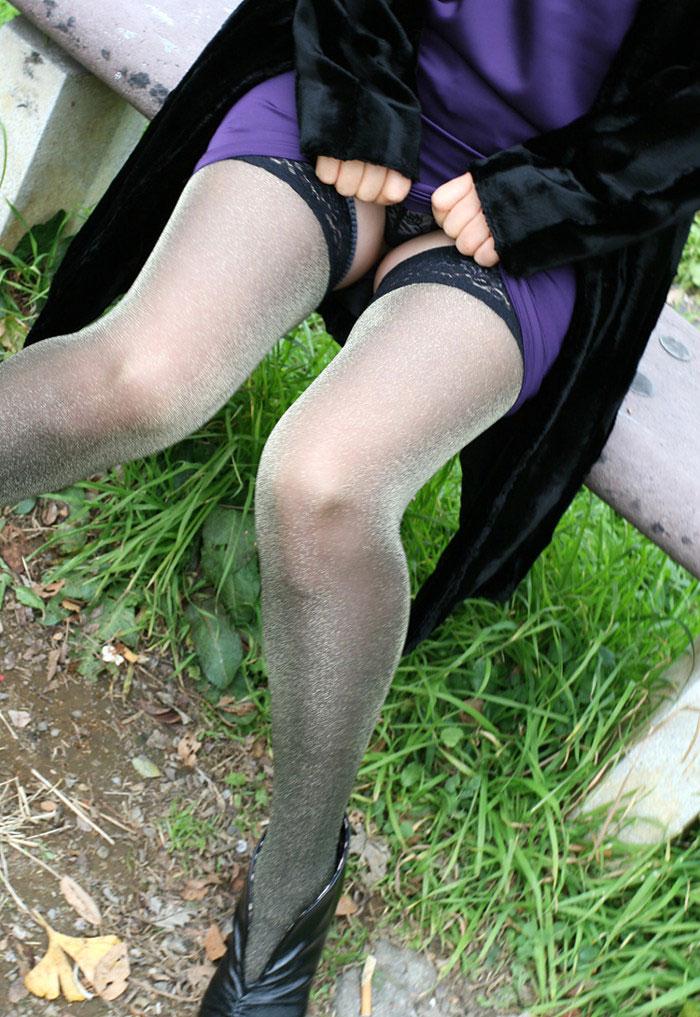 【スカート捲りエロ画像】女の子から自発的にスカート捲くって「見てもいいよ♪」 19