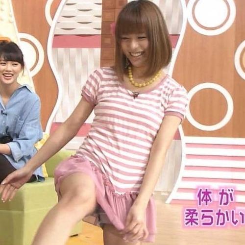 【放送事故エロ画像】おっぱい!パンツ!予期せずに流れた放送事故! 06