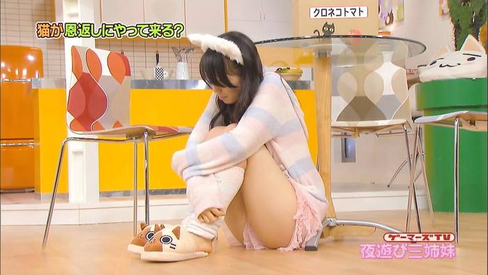 【放送事故エロ画像】おっぱい!パンツ!予期せずに流れた放送事故! 16