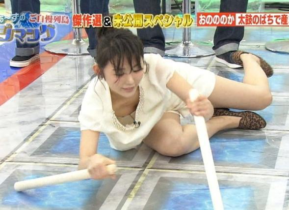 【放送事故エロ画像】おっぱい!パンツ!予期せずに流れた放送事故! 31