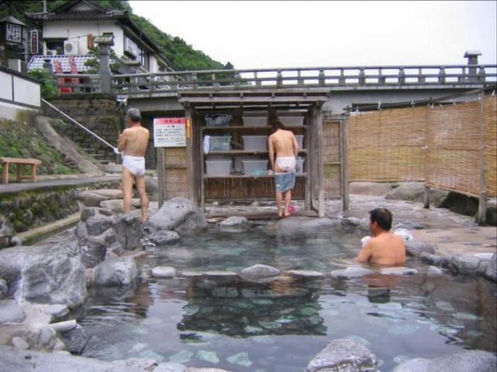 【露天風呂エロ画像】思わぬラッキー!露天風呂といったら男女混浴が基本だろ!? 19