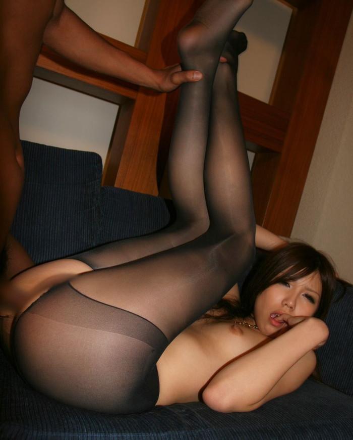 【セックスエロ画像】チンポをギューギュー締め付けるエロ体位!屈脚位! 06