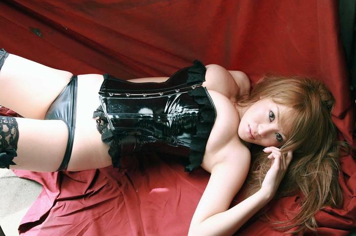 【ボンテージエロ画像】ボンテージに身を包んだ女たちの雰囲気が激エロだな! 23