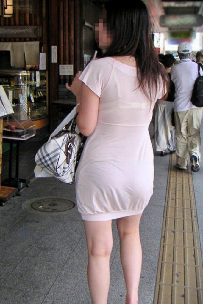 【透けブラエロ画像】街中でよく見かける透けブラを思う存分見てみたい! 10