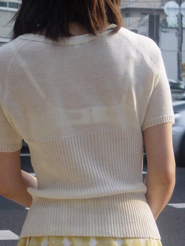 【透けブラエロ画像】街中でよく見かける透けブラを思う存分見てみたい! 13