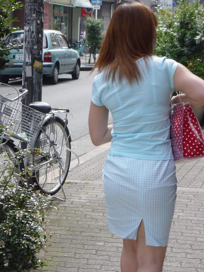 【透けブラエロ画像】街中でよく見かける透けブラを思う存分見てみたい! 17