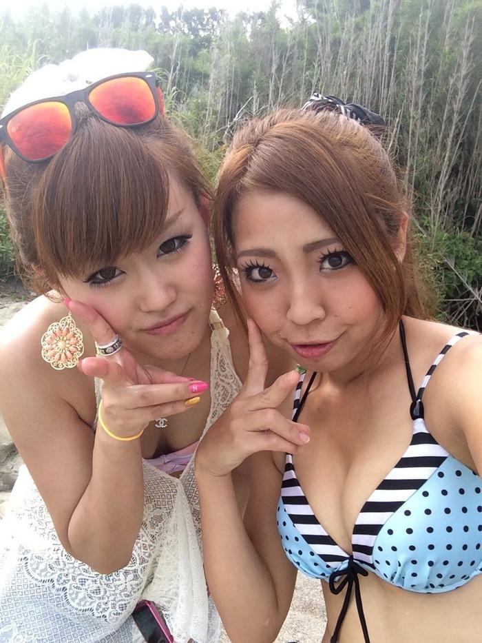 【素人水着エロ画像】SNSで女友達の水着姿をオカズにした…なんてヤツは必見な!?w 21