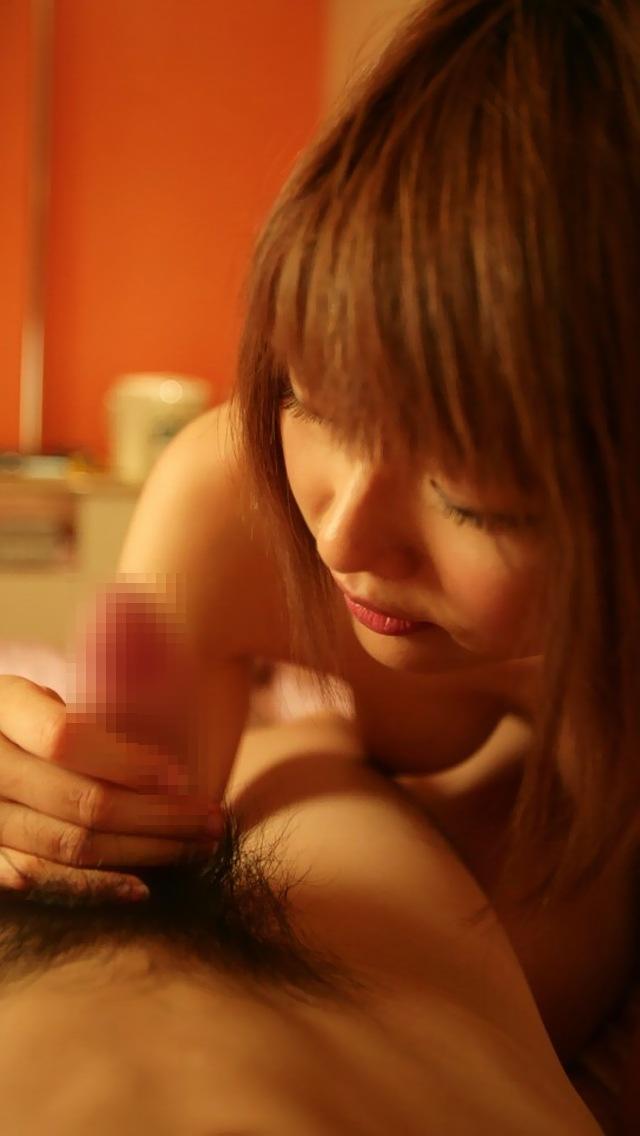 【手コキエロ画像】女の子がチンポ握ってシコシコ…ライトサービスだけどエロい! 20