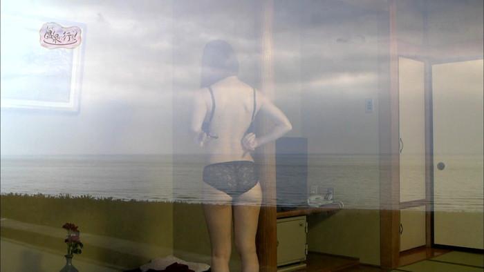 【TVキャプチャエロ画像】もっと温泉に行こうという番組が露骨に女の裸を…。 21
