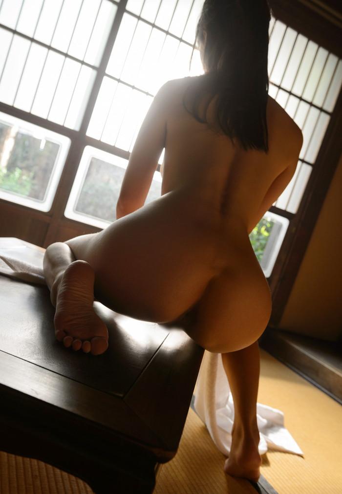 【AV女優エロ画像】ロリ系、淫乱を地でいく人気AV女優つぼみさんのセクシーな画像 10