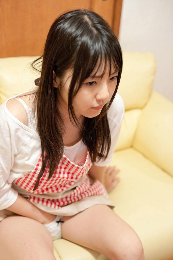 【AV女優エロ画像】ロリ系、淫乱を地でいく人気AV女優つぼみさんのセクシーな画像 27
