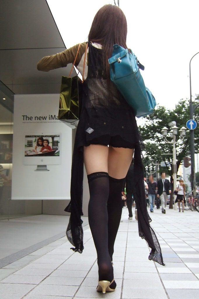 【ニーソエロ画像】むちむちの太ももが堪らないニーソックス効果w 21