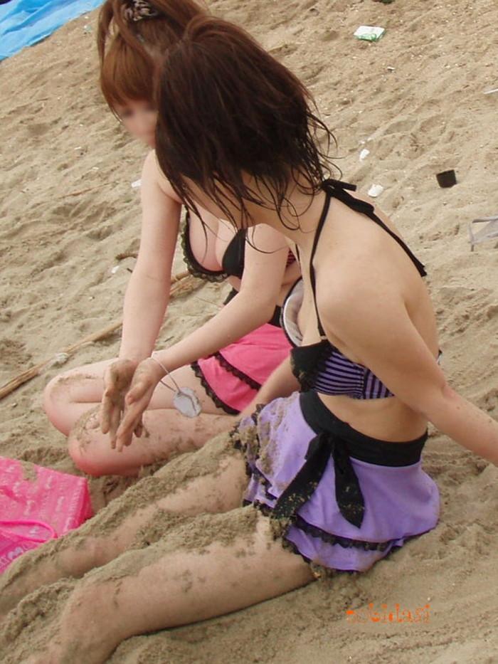 【ビキニエロ画像】夏のビーチ!プールでの水着ギャルってぶっちゃけエロくね! 29