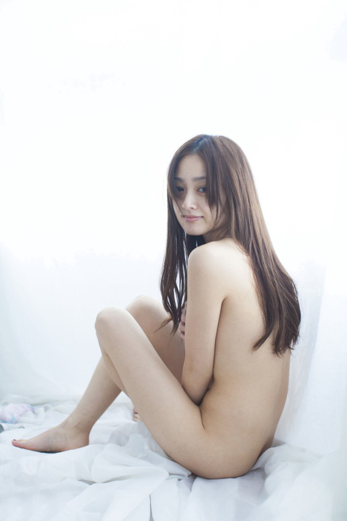 【安達祐実エロ画像】すっかり大人の女に成長した安達祐実のおっぱいがエロい! 02