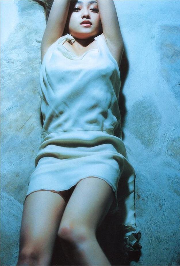 【安達祐実エロ画像】すっかり大人の女に成長した安達祐実のおっぱいがエロい! 06