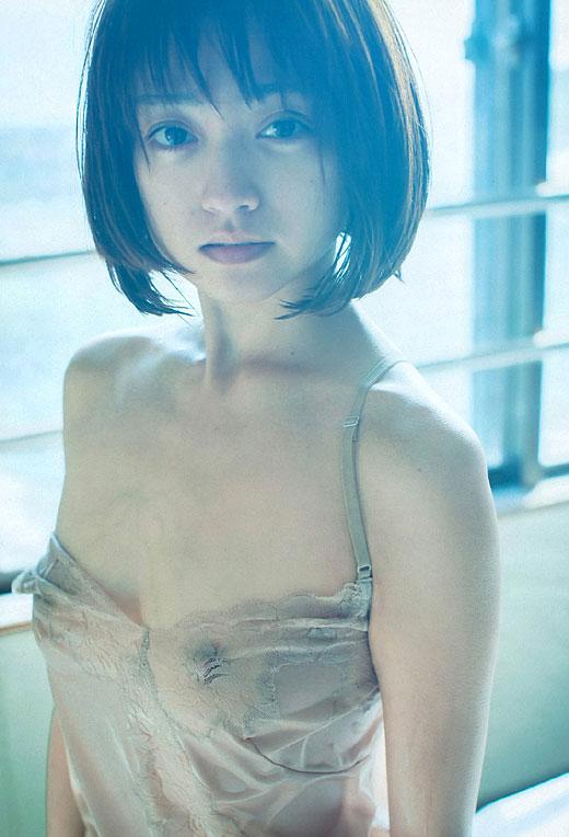 【安達祐実エロ画像】すっかり大人の女に成長した安達祐実のおっぱいがエロい! 11