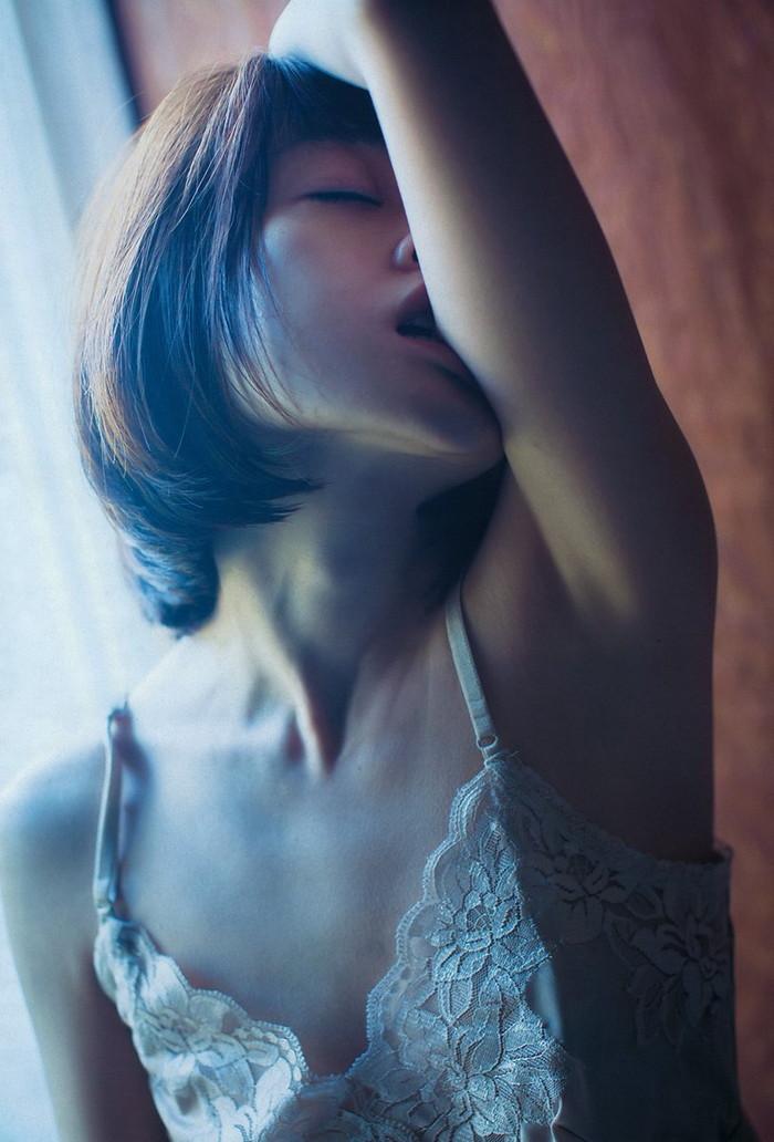 【安達祐実エロ画像】すっかり大人の女に成長した安達祐実のおっぱいがエロい! 17