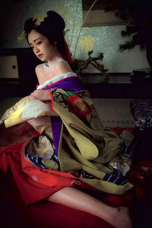 【安達祐実エロ画像】すっかり大人の女に成長した安達祐実のおっぱいがエロい! 25