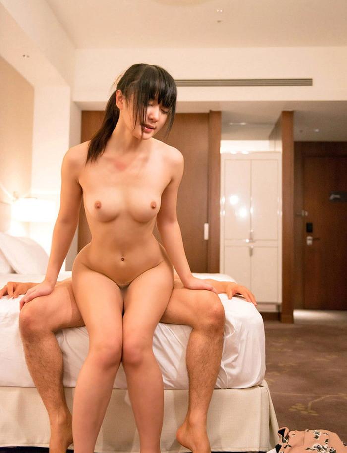 【セックスエロ画像】様々なエロ体位でセックスする男女の画像が衝撃的すぎる! 19