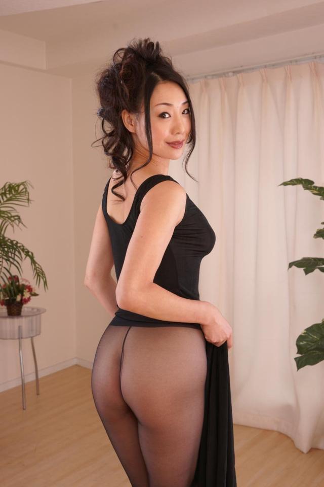 【美熟女エロ画像】おい!おまいら!こんな美熟女なら余裕で抱けるだろ! 25