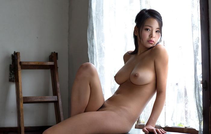 【AV女優エロ画像】南真菜果という元タレントでありRQでもあったAV女優が激カワ! 04