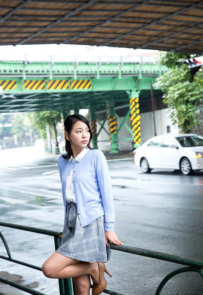 【AV女優エロ画像】南真菜果という元タレントでありRQでもあったAV女優が激カワ! 07