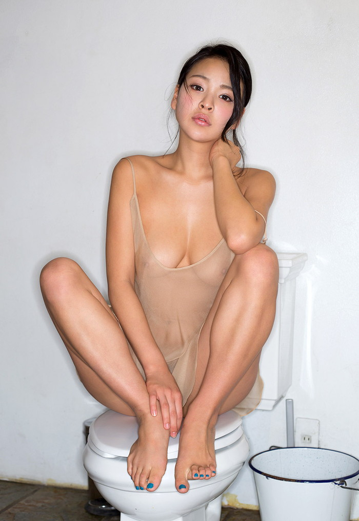 【AV女優エロ画像】南真菜果という元タレントでありRQでもあったAV女優が激カワ! 14
