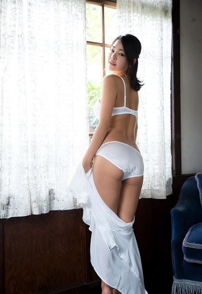 【AV女優エロ画像】南真菜果という元タレントでありRQでもあったAV女優が激カワ! 19