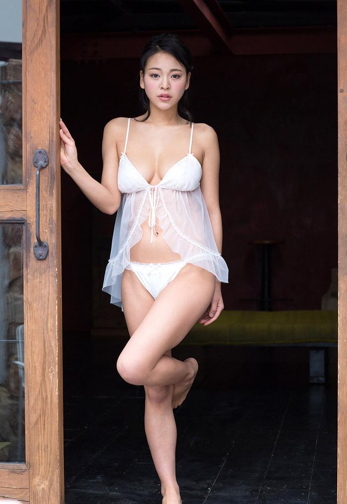 【AV女優エロ画像】南真菜果という元タレントでありRQでもあったAV女優が激カワ! 21