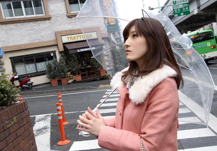 【AV女優エロ画像】正統派の清純系のルックスを持つ美人AV女優! 12
