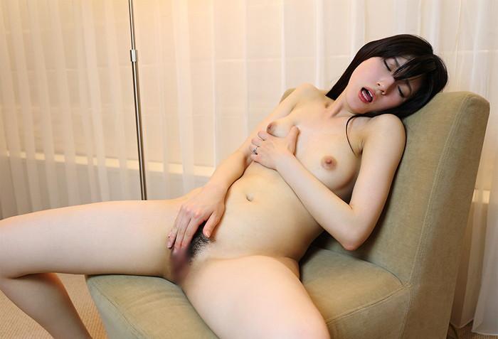 【AV女優エロ画像】正統派の清純系のルックスを持つ美人AV女優! 31