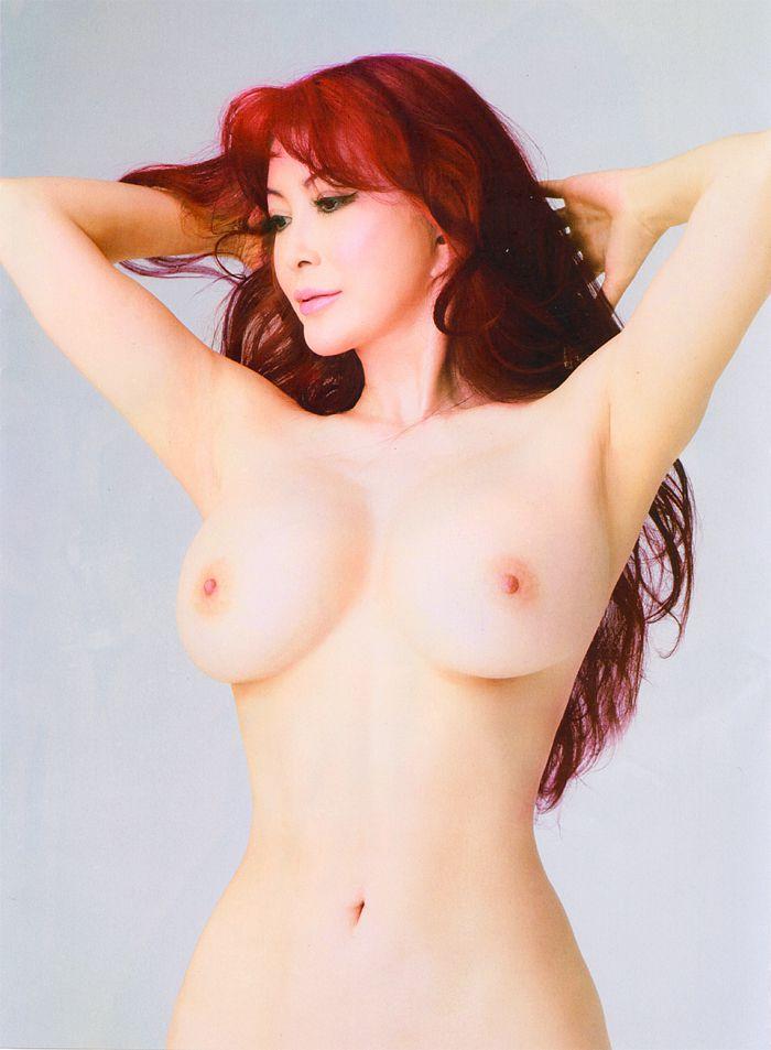【脱いだ芸能人エロ画像】歴代の脱いだ芸能人たちの美しすぎる裸体に勃起必至! 01