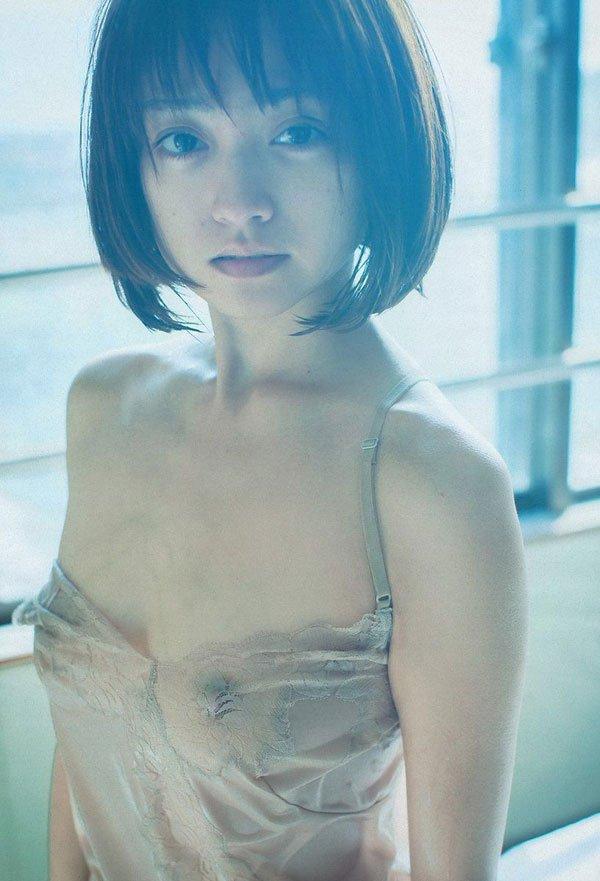 【脱いだ芸能人エロ画像】歴代の脱いだ芸能人たちの美しすぎる裸体に勃起必至! 13
