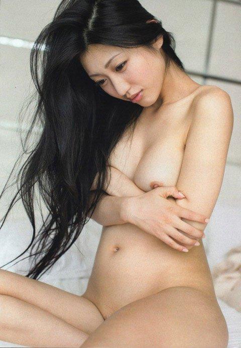 【脱いだ芸能人エロ画像】歴代の脱いだ芸能人たちの美しすぎる裸体に勃起必至! 23