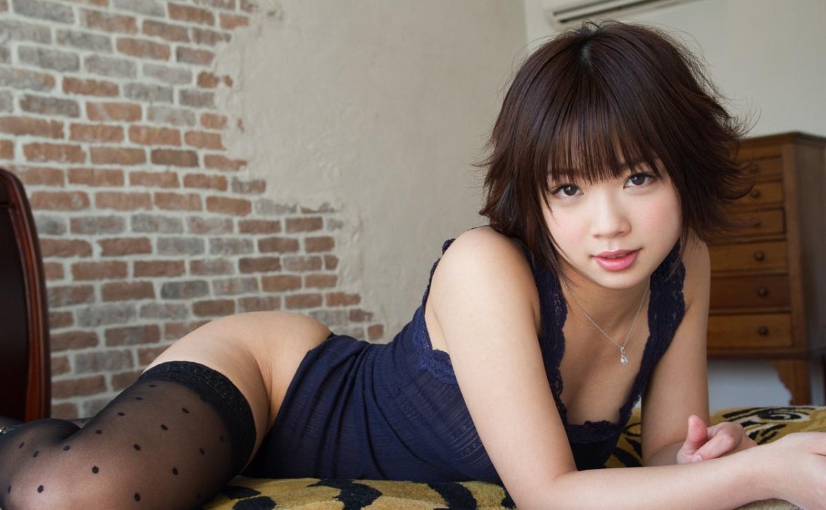 【紗倉まなエロ画像】ロリ系、美巨乳!萌えっこAV女優の紗倉まなのエロ画像が抜ける!