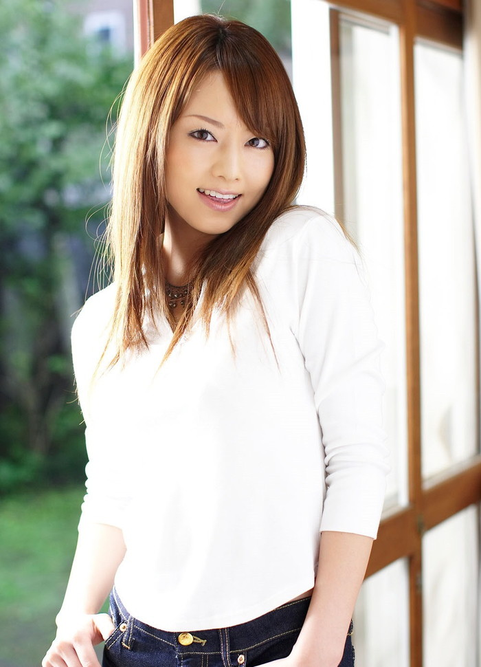 【AV女優エロ画像】男好きのする身体!ゴージャスボディーの吉沢明歩 15