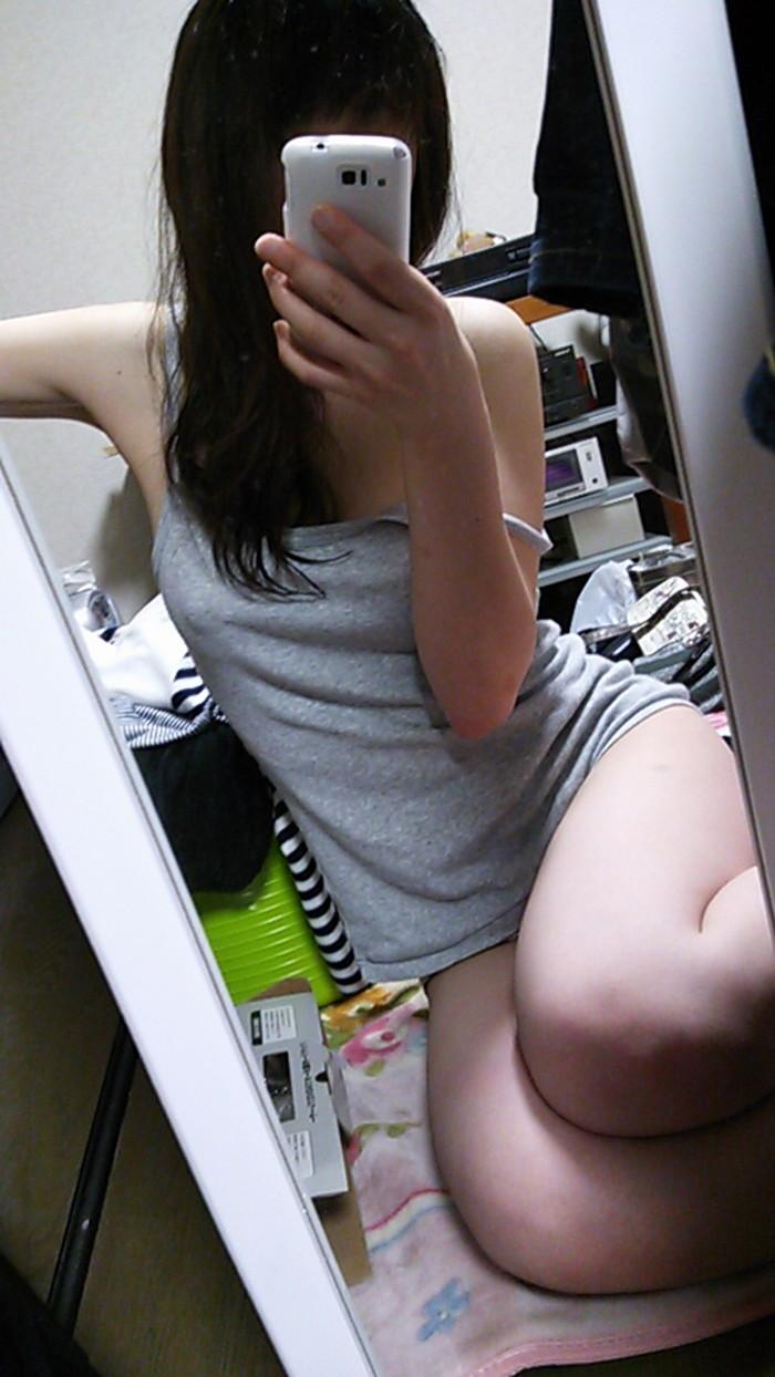 【自撮りエロ画像】自分のエロ写メを自撮りしてネットに流す女神たち! 16