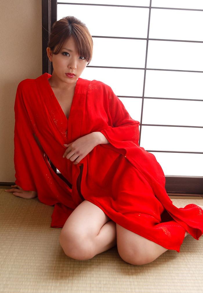 【AV女優エロ画像】まさに春のイメージがピッタリの透明感のある魅力のAV女優 02