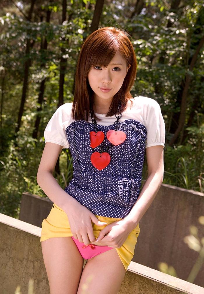 【AV女優エロ画像】まさに春のイメージがピッタリの透明感のある魅力のAV女優 12