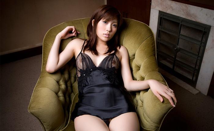 【AV女優エロ画像】まさに春のイメージがピッタリの透明感のある魅力のAV女優 17