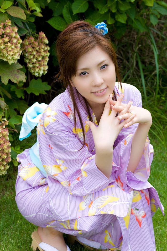 【AV女優エロ画像】まさに春のイメージがピッタリの透明感のある魅力のAV女優 24