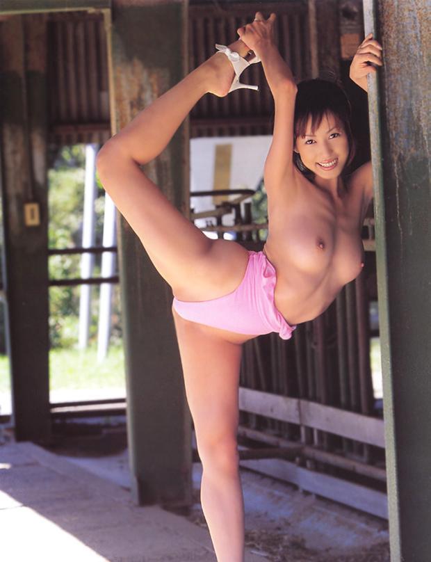 【及川奈央エロ画像】数々の実績を誇るレジェンド・オブ・AV!及川奈央! 14
