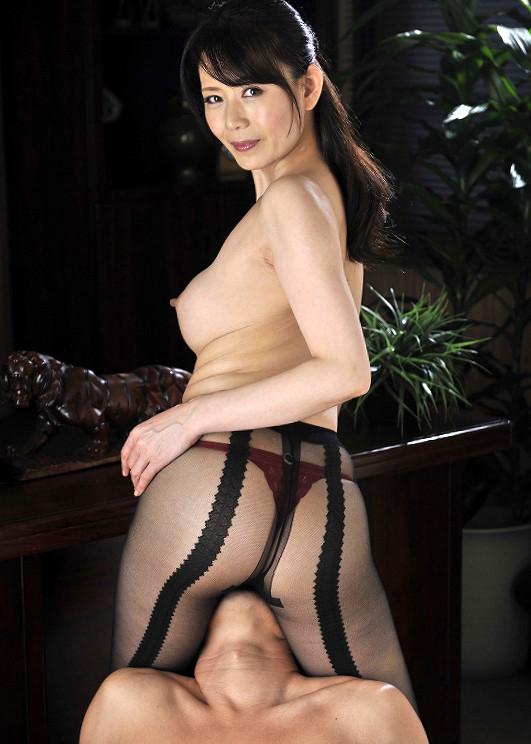 【三浦恵理子エロ画像】某アイドルに激似!?熟女系AV女優のの三浦恵理子 18