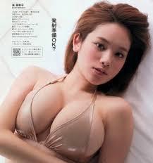 【おっぱいエロ画像】【Eカップ】巨乳好きにはたまらないEカップ画像を集めてみた 12
